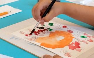 Как учить ребенка 3-4 лет рисованию и развивать ручную умелость